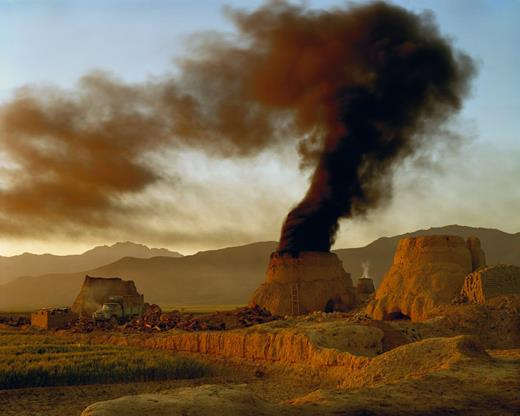 Simon Norfolk, Afghanistan: Chronotopia; The brickworks at Hussain Khil, east of Kabul, 2001. Archival digital chromogenic print, 40 × 50 in. © Simon Norfolk