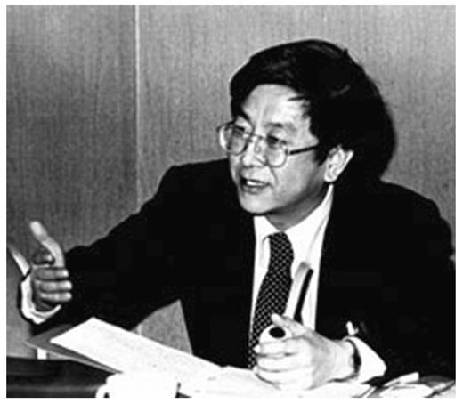 Benjamin (Wiso) Lee. When Hwang faced criticism about morality and integrity, his supporters claimed that he was trapped by an international conspiracy, and compared him to Benjamin Lee. That comparison was based on the fable about Lee, which assumes Lee was killed by the CIA for his contribution to the Korean nuclear program