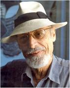 Roberto Fernández Retamar con sombrero, circa 1995. <b>Courtesy</b> of Casa de las...